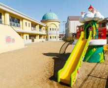 童話館保育園